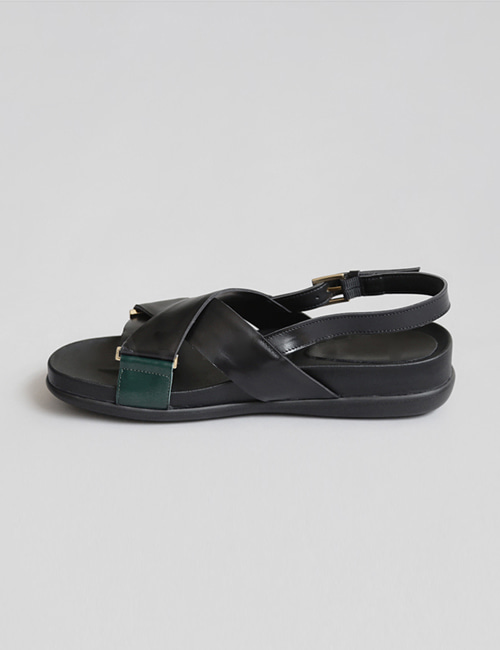 CRISS LEATHER SANDAL