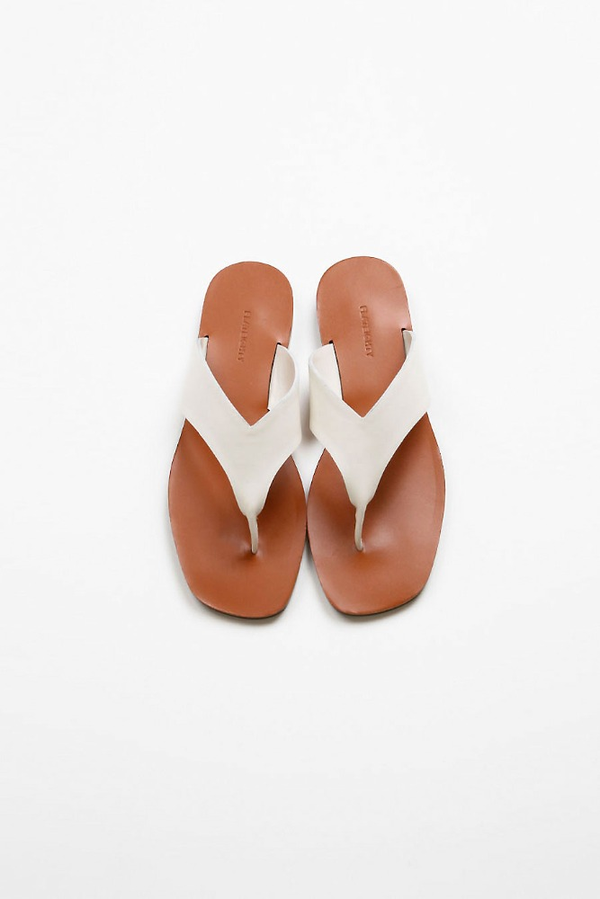 LAKE LEATHER SLIDES